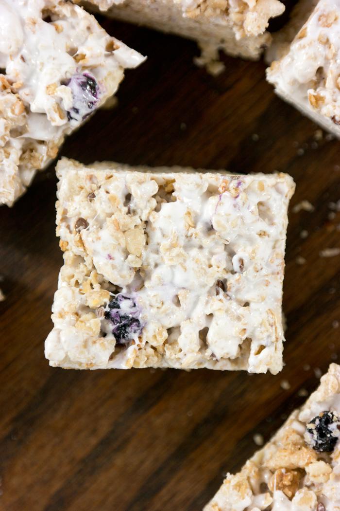 blueberry granola marshmallow squares