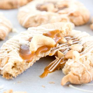 white-chocolate-salted-cashew-caramel-cookies-1