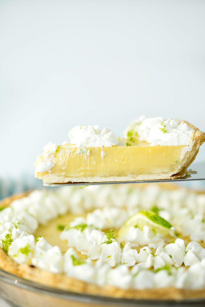 Classic Key Lime Pie recipe! Sweet, tart, puckery goodness. | thesugarcoatedcottage.com