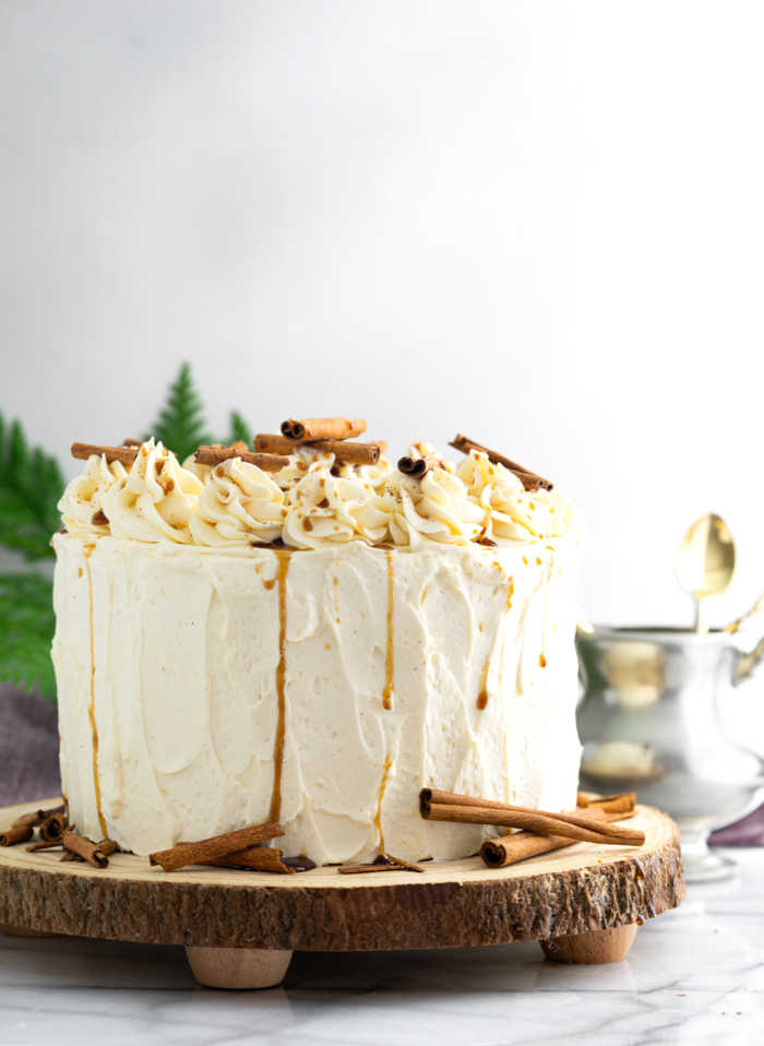 Eggnog Latte Cake. Espresso flavored cake soaked in coffee simple syrup and covered in swirls of eggnog buttercream! espresso latte, coffee cake, eggnog | thesugarcoatedcottage.com