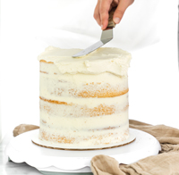 How To Create A Smooth Buttercream Finish. Step by step tutorial on how to get that coveted smooth buttercream finish.   thesugarcoatedcottage.com #cakedecoarting #buttercream #cake #dessert #recipe