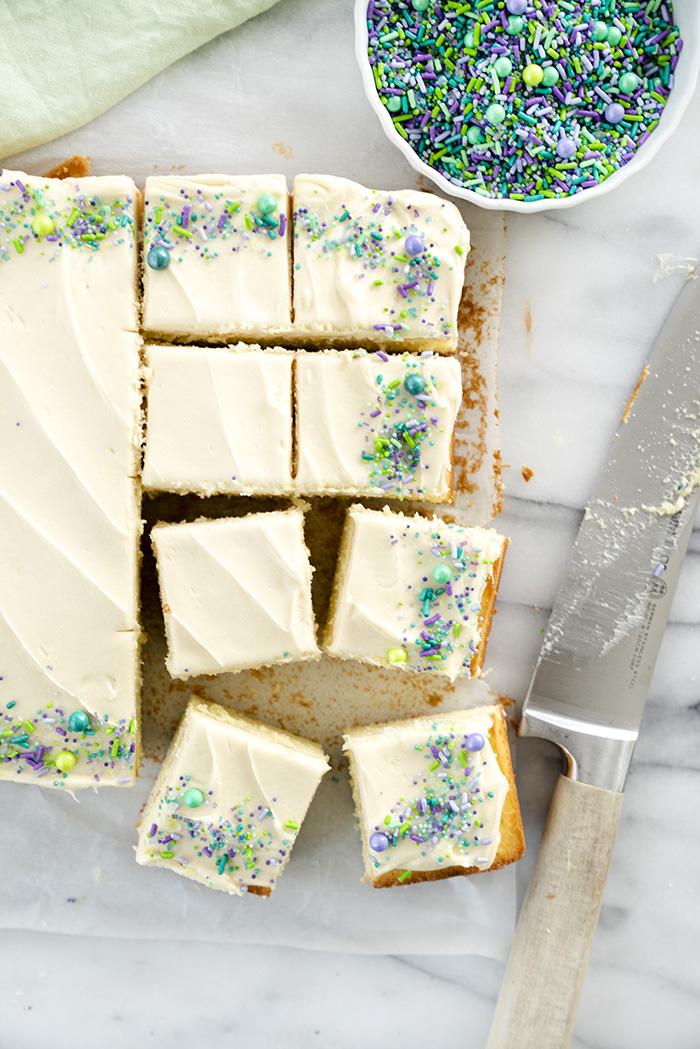 8x8 Classic Vanilla Sheet Cake Recipe. The best classic vanilla cake for your small gathering. | thesugarcoatedcottage.com #sheetcake #cake #buttercream